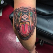 bear-elbow-old-school-lloyd-woodrome-monarch-tattoo